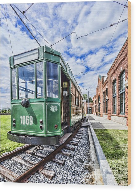 The Stib 1069 Streetcar At The National Capital Trolley Museum I Wood Print