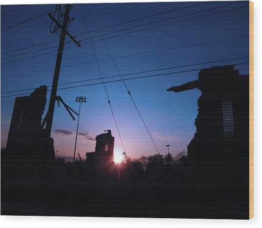 The Sun Also Rises On Ruins Wood Print