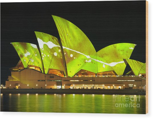 The Sydney Opera House In Vivid Green Wood Print