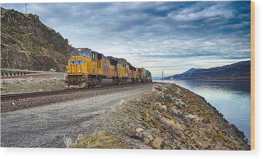 The Union Pacific Railroad Columbia River Gorge Oregon Wood Print