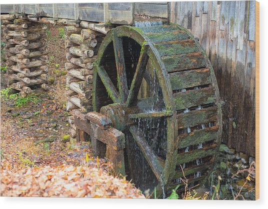 The Water Wheel At Cable Grist Mill Wood Print