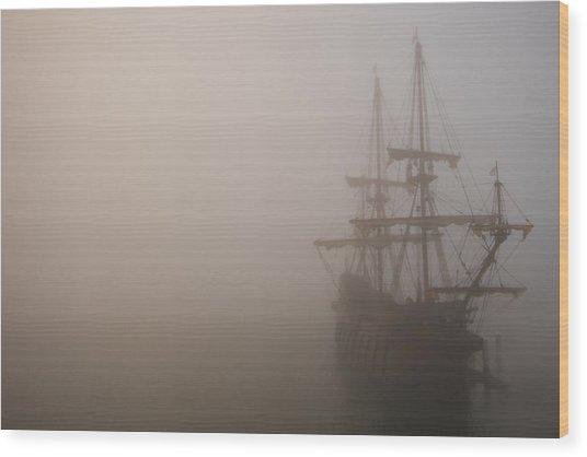 Thick Fog Blankets El Galeon  Wood Print