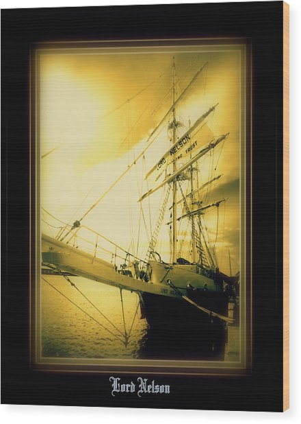 Th'lord Nelson Wood Print by Ritchard Mifsud