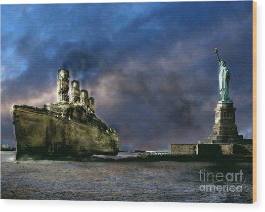 Titanic Late Arrival Wood Print