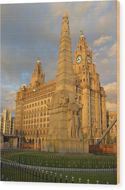 Titanic Memorial Liverpool Uk Wood Print