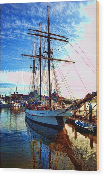 Tole Mour Sailing Ship Wood Print
