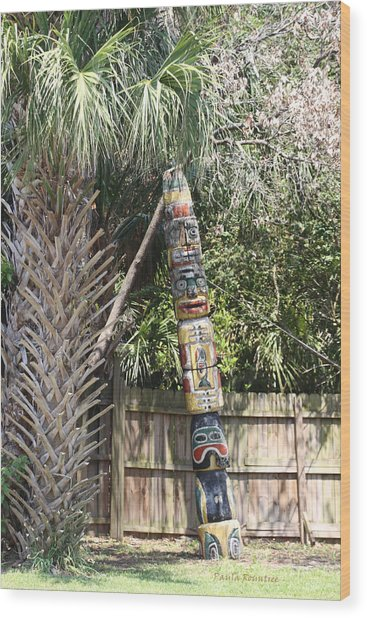 Totem Pole Wood Print by Paula Rountree Bischoff