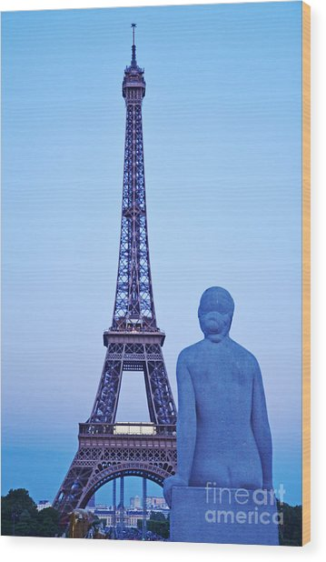 Tour Eiffel And Statue Wood Print