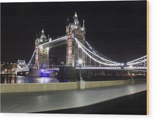 Tower Bridge London Wood Print by Dan Davidson
