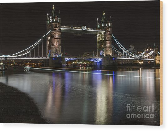 Tower Bridge With Boat Trails Wood Print