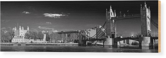 Tower Of London And Tower Bridge Wood Print