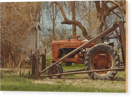 Tractor On Us 285 Wood Print