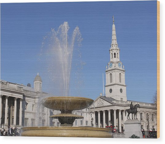 Trafalgar Square Fountain. Wood Print