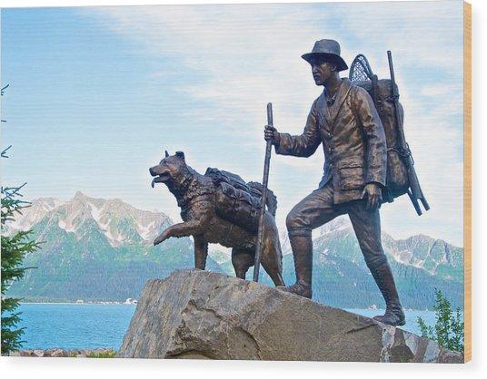 Trail Blazers Sculpture For 2012 Iditarod Beginning At Mile 0 In Seward-ak Wood Print