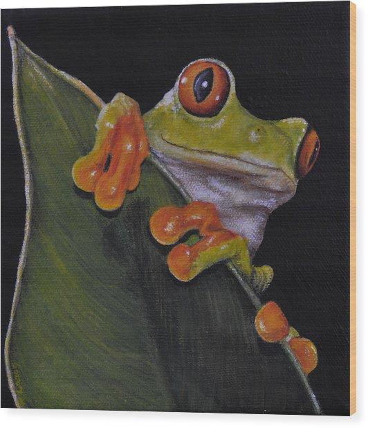 Tree Frog Peeking At You Wood Print