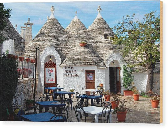 Trulli Outdoor Trattoria Wood Print
