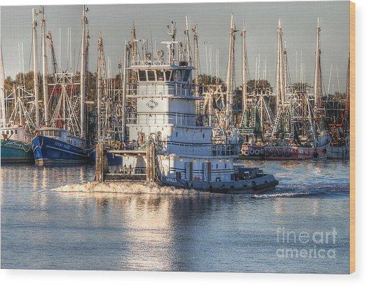 Tug Boat Apollo Port Arthur Texas Wood Print