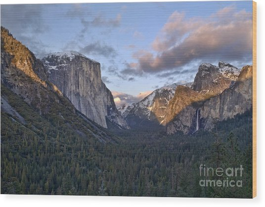 Tunnel View Wood Print by Richard Verkuyl