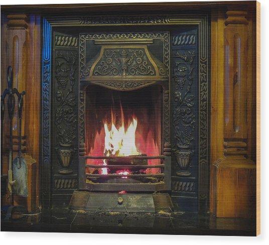 Turf Fire In Irish Cottage Wood Print