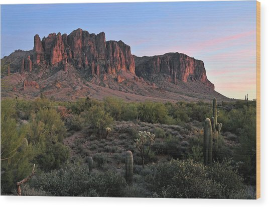 Twighlight At The Superstition Mountains Wood Print