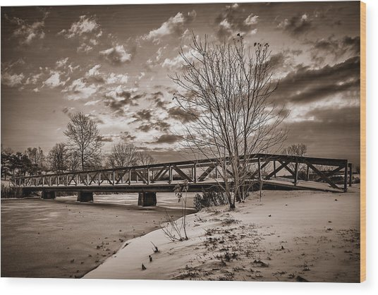 Twilight Bridge Over An Icy Pond - Bw Wood Print