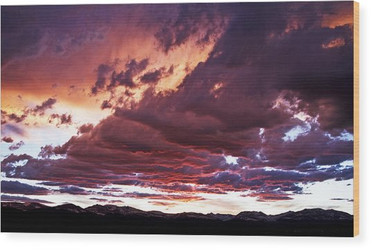 Twilight Colours Wood Print by Patrick Derickson