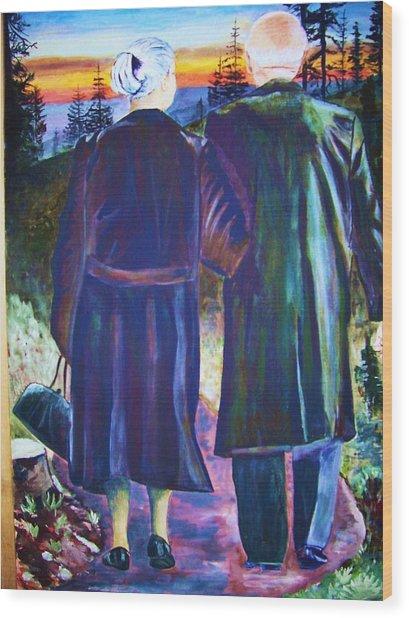 Twilight Couple Wood Print by Linda Vaughon