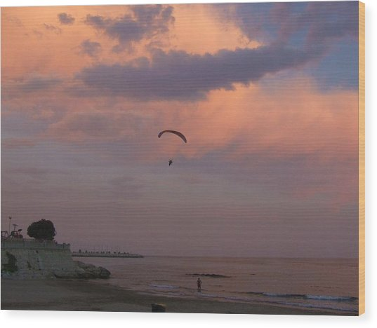 Twilite Sail Wood Print by Tg Devore