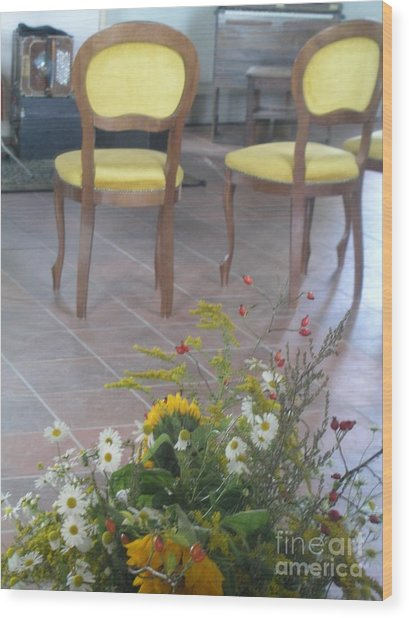 Two Chairs With Flowers Wood Print