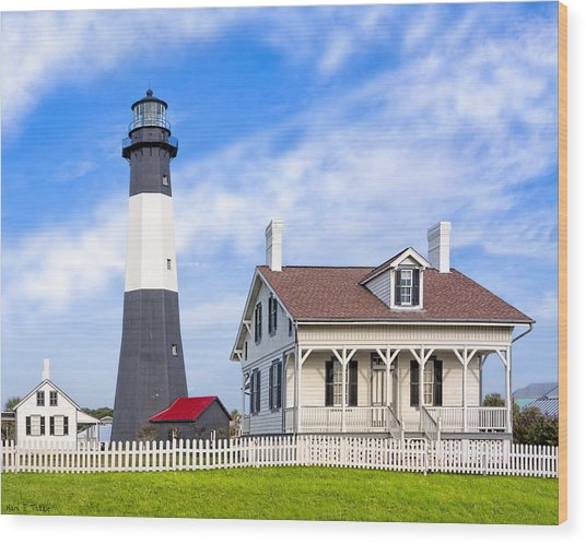 Wood Print featuring the photograph Tybee Island Lighthouse At Dawn by Mark E Tisdale