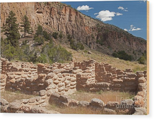 Tyuonyi Bandelier National Monument Wood Print