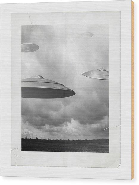 Ufo Sighting Wood Print