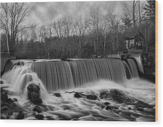Union Dam Wood Print