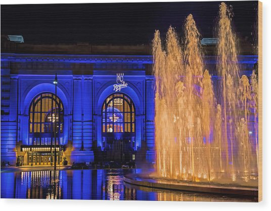 Union Station Celebrates The Royals Wood Print