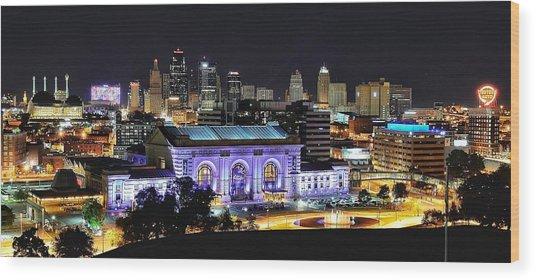 Union Station In Purple Wood Print