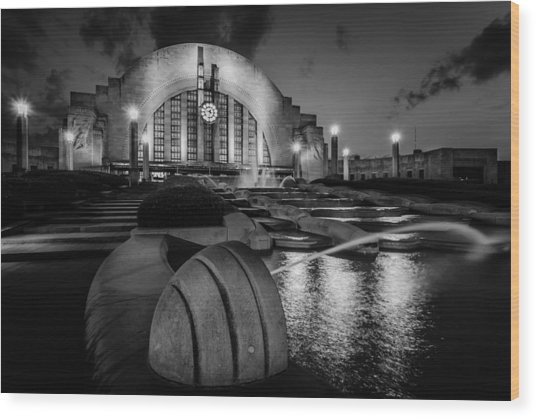 Union Terminal At Night Wood Print