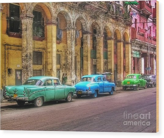 United Colors Of Coches Habaneros Wood Print
