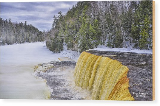 Upper Tahquamenon Falls In Winter Wood Print