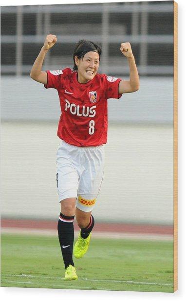 Urawa Red Diamonds Ladies V Inac Kobe Leonessa - Nadeshiko League Wood Print by Hiroki Watanabe