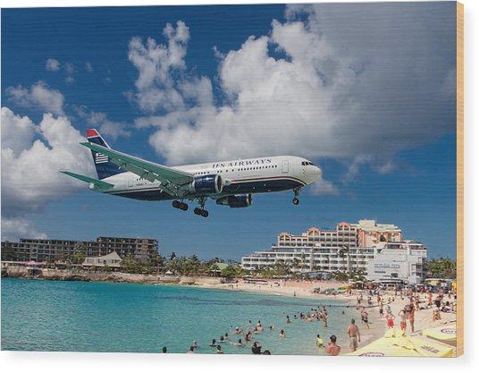 U S Airways Landing At St. Maarten Wood Print
