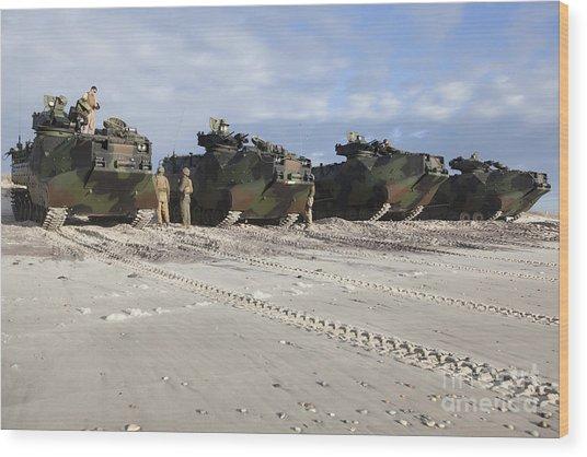 U.s. Marines Inspect Aav-p7a1 Wood Print