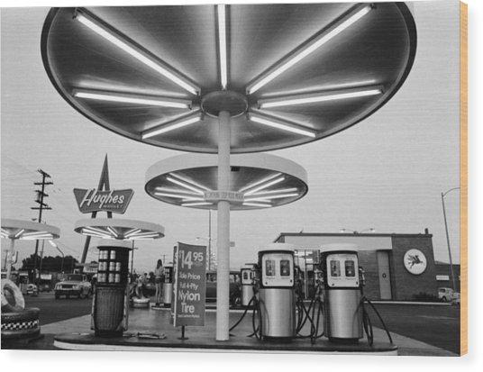 Van Nuys Boulevard Gas Station Symbols Mys 10 Wood Print by Richard McCloskey