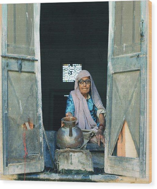 Varanasi Water Seller Wood Print