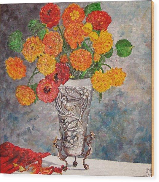 Vase With Bird Wood Print