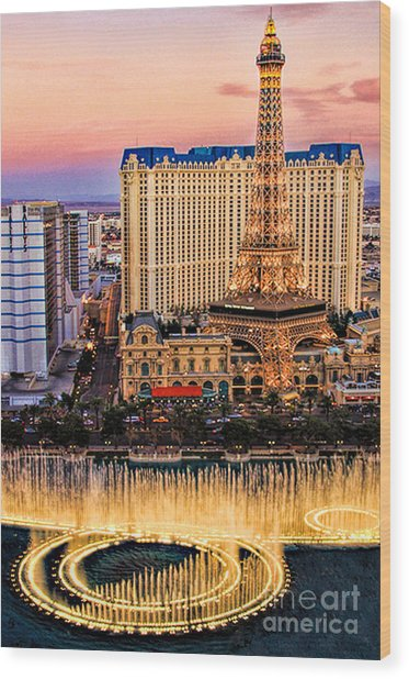 Vegas Water Show Wood Print