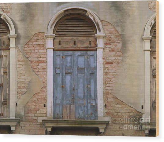 Venice Arched Bblue Shutters Horizontal Wood Print