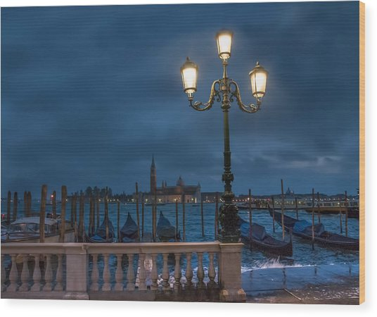 Venice Streetlight Wood Print
