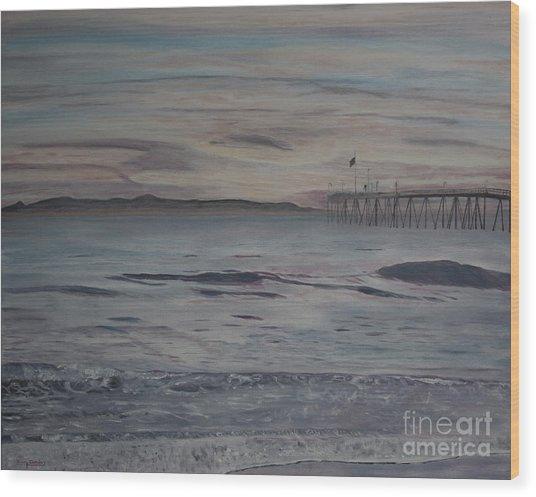 Ventura Pier High Surf Wood Print