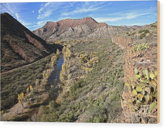 Verde River Along The Verde Canyon Railway With Fall Colors In Arizona Wood Print