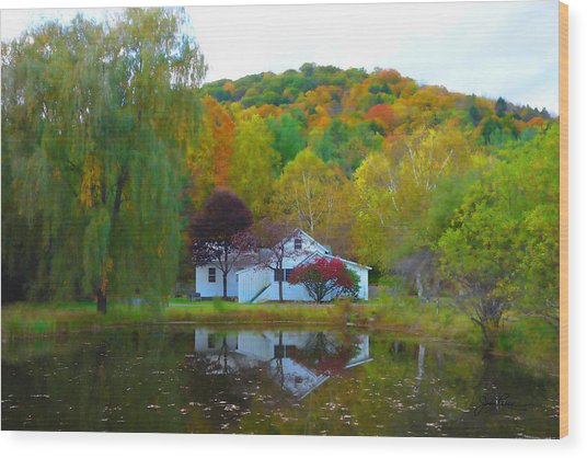 Vermont House In Full Autumn Wood Print